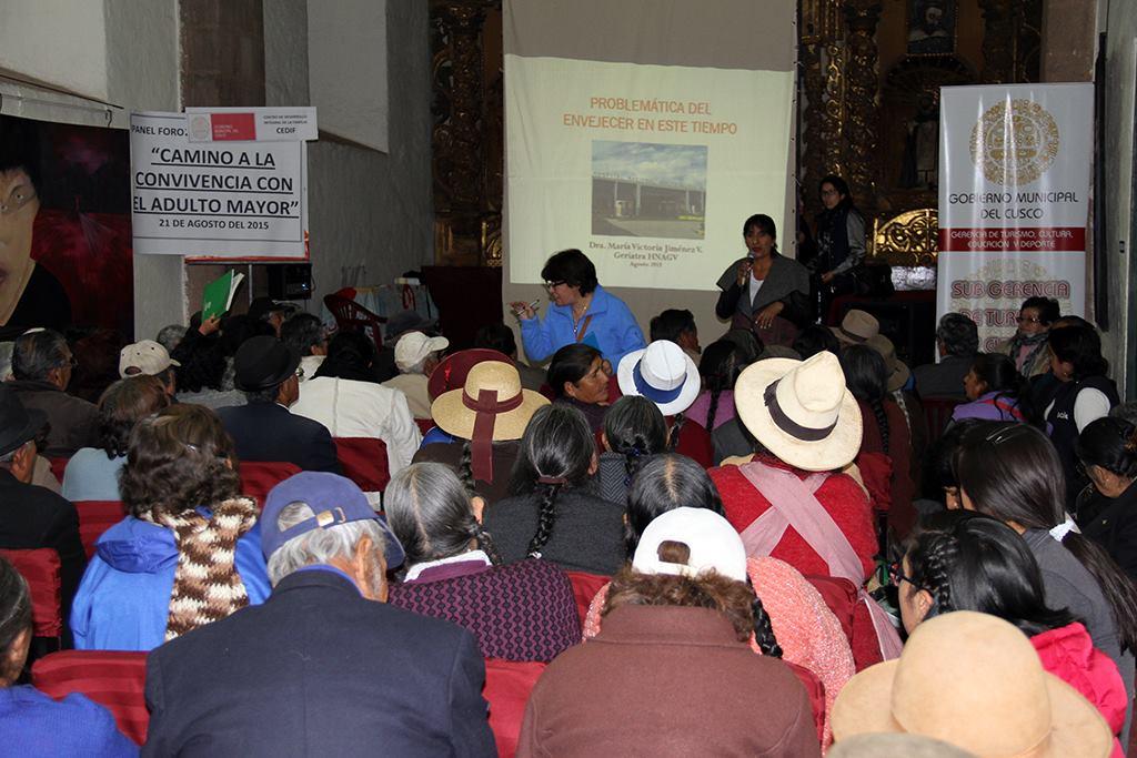 GOBIERNO MUNICIPAL DEL CUSCO PROMUEVE CICLO DE CONFERENCIAS Y CAPACITACIONES PARA PEQUEÑOS Y MICRO EMPRESARIOS