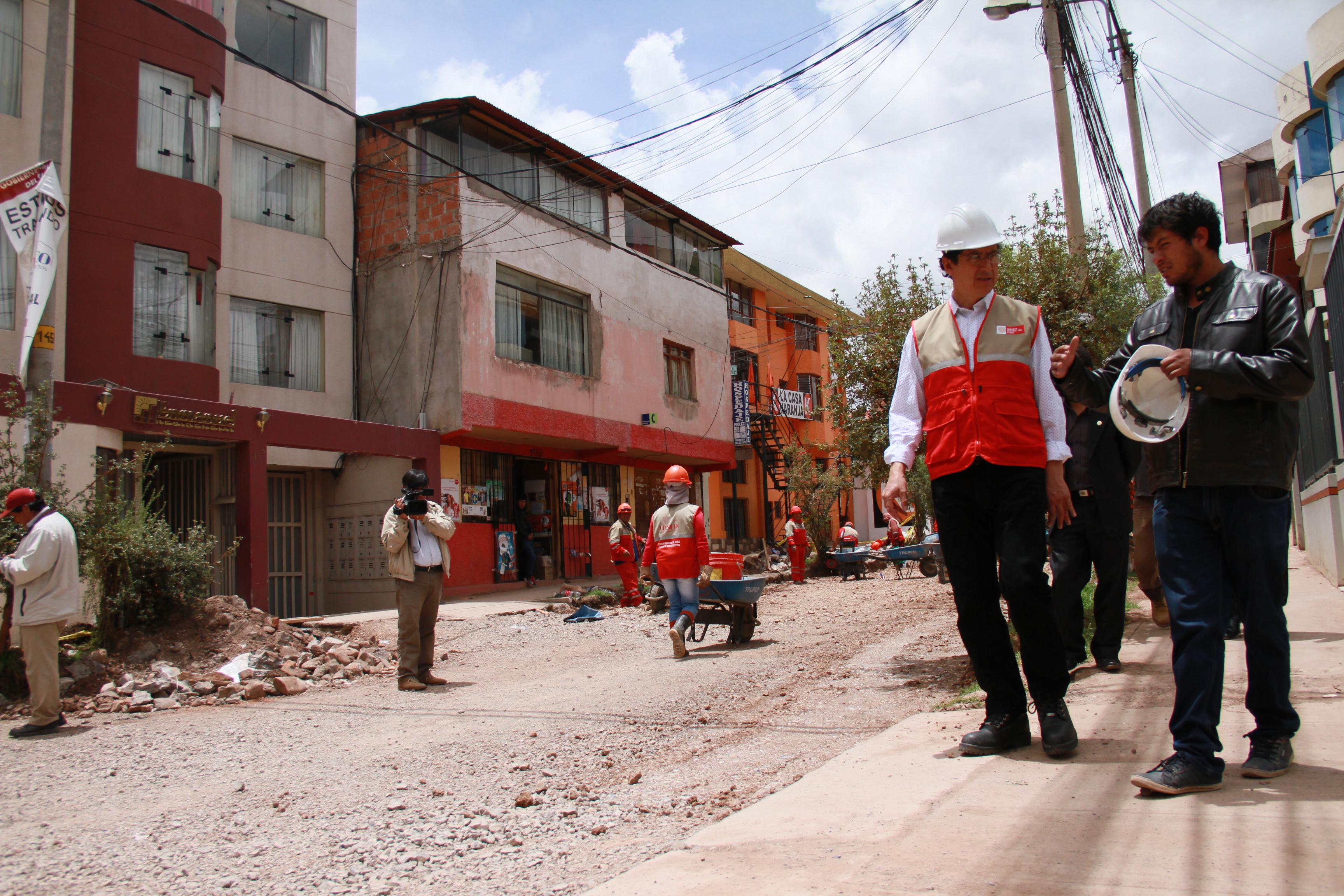 TRABAJOS EN AVENIDAS THÚPAQ AMARU Y CALLE MATEO PUMACAHUA  DEL DISTRITO DE WANCHAQ  SE ACELERAN FRENTE A TEMPORADA DE LLUVIAS.