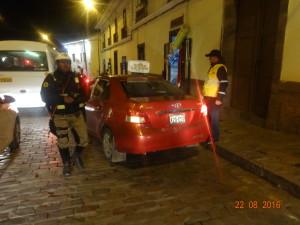 Operativo inopinado en el Centro Histórico de la ciudad a los taxis colectivos informales