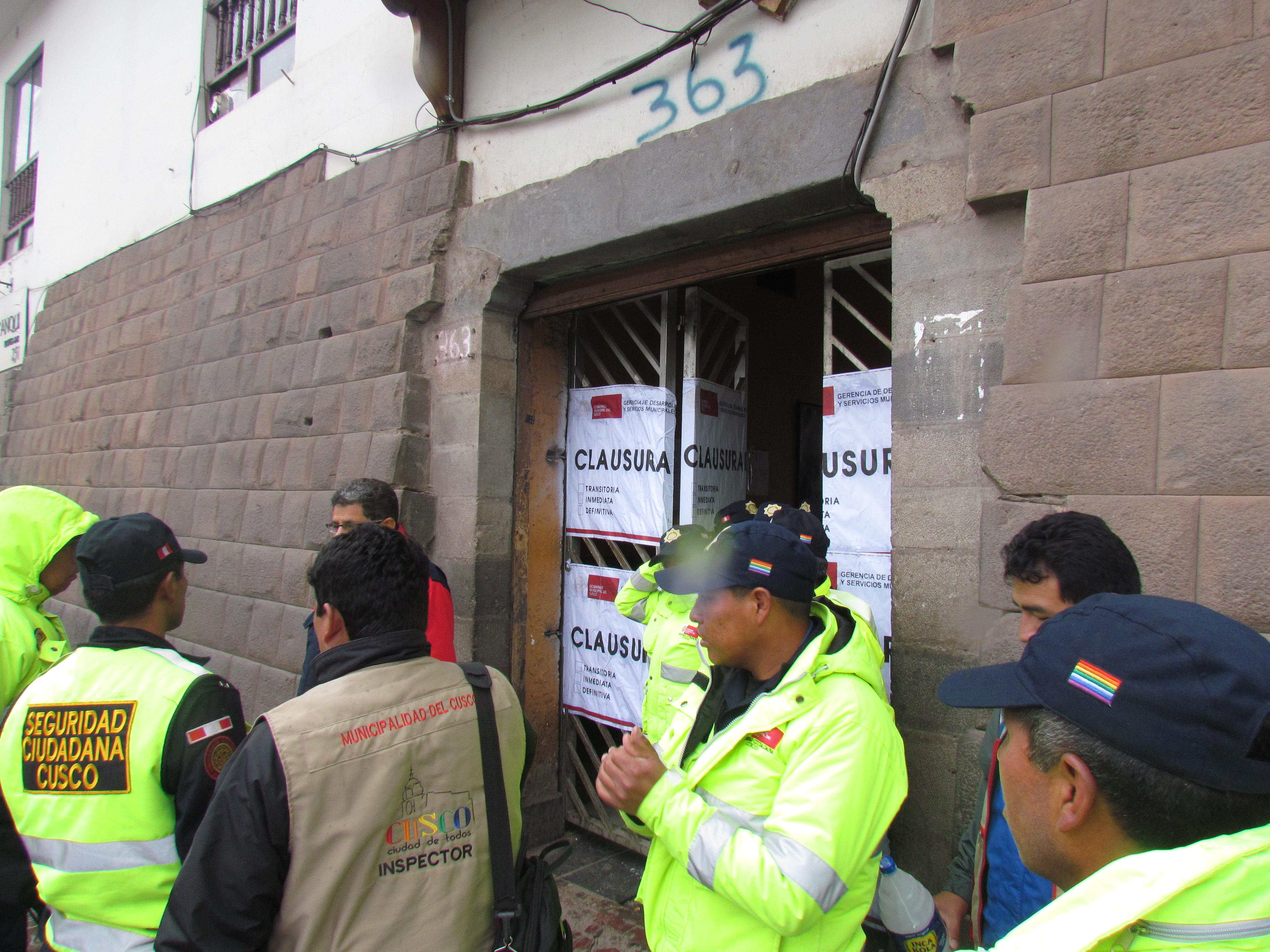 Compromiso cumplido   MUNICIPALIDAD DEL CUSCO CERRÓ INMUEBLE DE CALLE MARURI DONDE FUNCIONABAN 09 DISCOTECAS