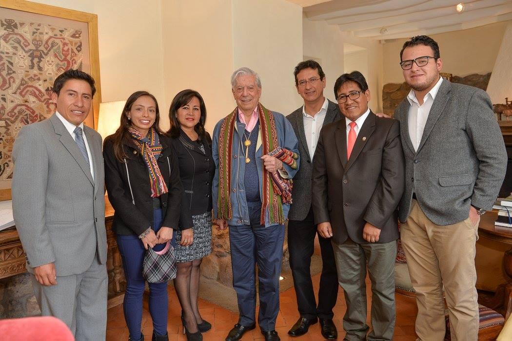 Dr. Mario Vargas Llosa es declarado Visitante Distinguido