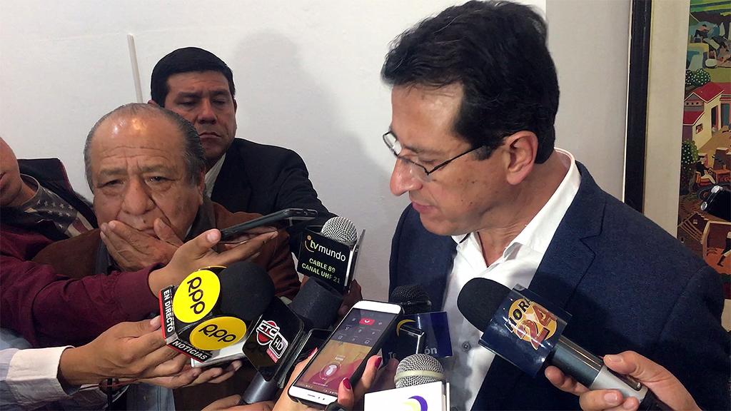 ALCALDE DE CUSCO RECHAZA TAJANTEMENTE CONCESIÓN QUE PRETENDEN REALIZAR DEL AEROPUERTO ALEJANDRO VELASCO ASTETE