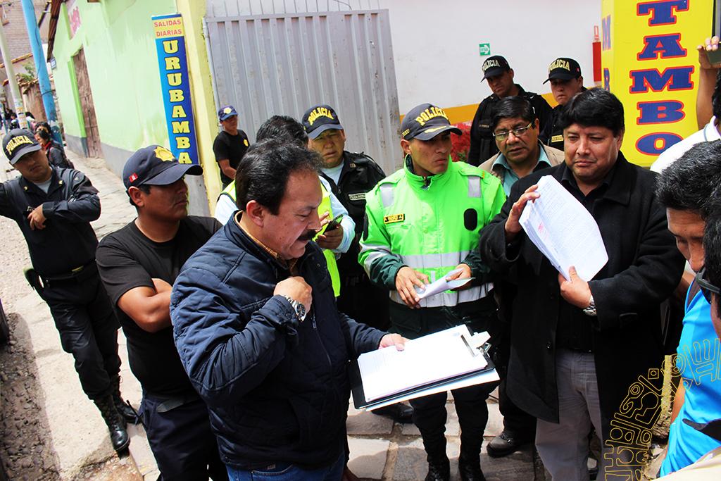 OPERATIVO INOPINADO CONTRA PARADEROS INFORMALES DE LA CALLE PAVITOS EN EL DISTRITO DE CUSCO
