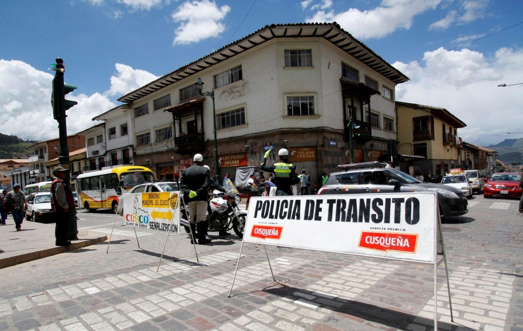 MUNICIPALIDAD  DE CUSCO COMUNICA A LA OPINIÓN PUBLICA EL CIERRE DE VIAS LOS DIAS 30,31 DE MAYO Y 7 DE JUNIO