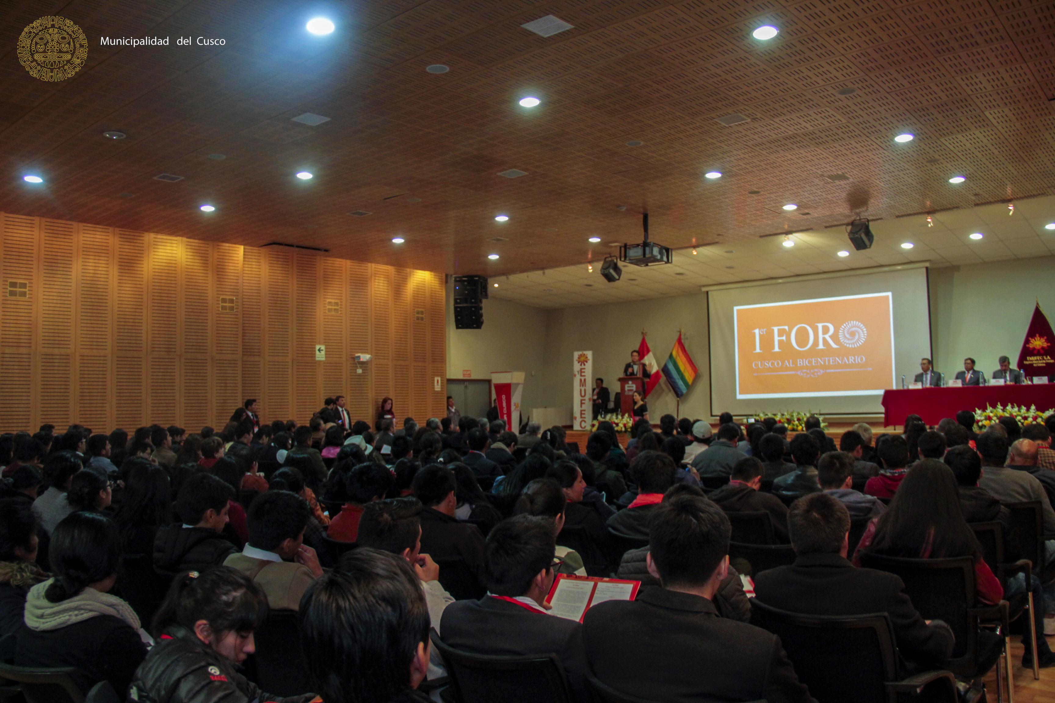 """""""CUSCO AL BICENTENARIO"""" 1ER. FORO SE INAUGURÓ CON PRESENCIA DE AUTORIDADES DEL ÁMBITO LOCAL Y NACIONAL"""