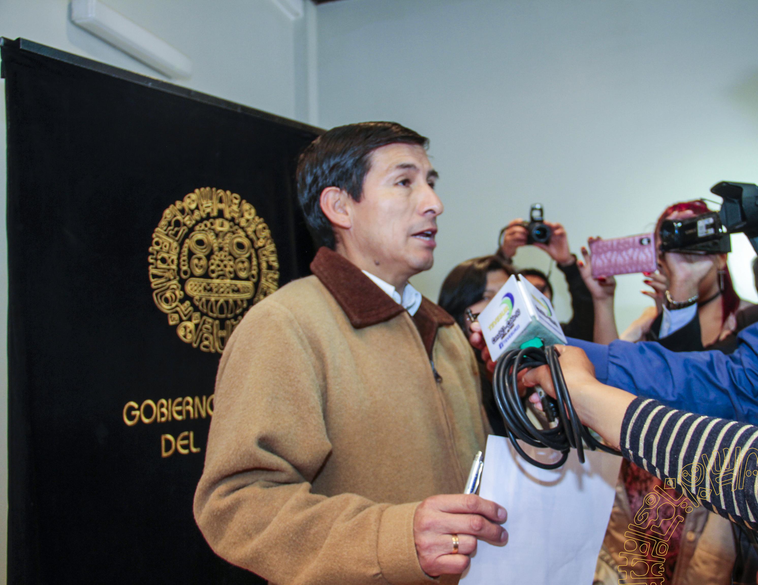 """MUNICIPALIDAD DE CUSCO ORGANIZA MARATON DE LECTURA 2018 """"MENOS FACEBOOK, MÁS LIBROS"""""""