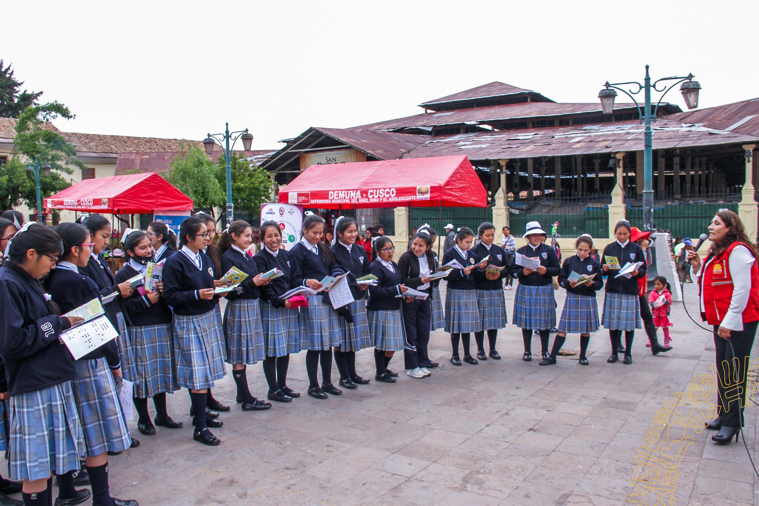 LA MUNICIPALIDAD PROVINCIAL DEL CUSCO  PARTICIPA EN LA FERIA INFORMATIVA POR EL DÍA MUNDIAL DE LA DECLARACIÓN UNIVERSAL DE LOS DERECHOS DEL NIÑO